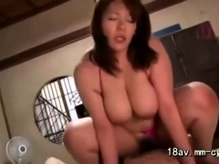 Big boobs milf premier..